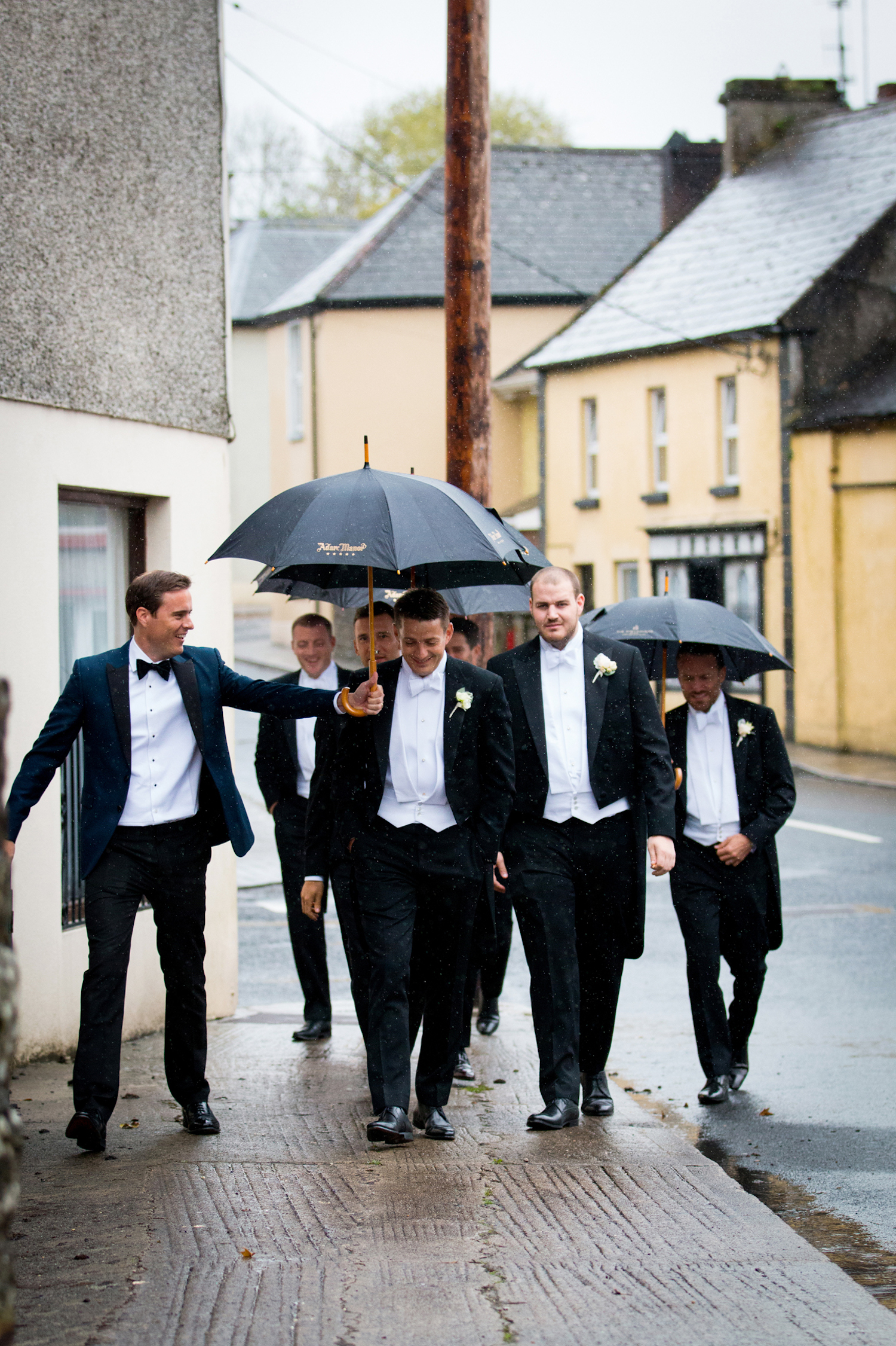 wedding rain plan groomsmen