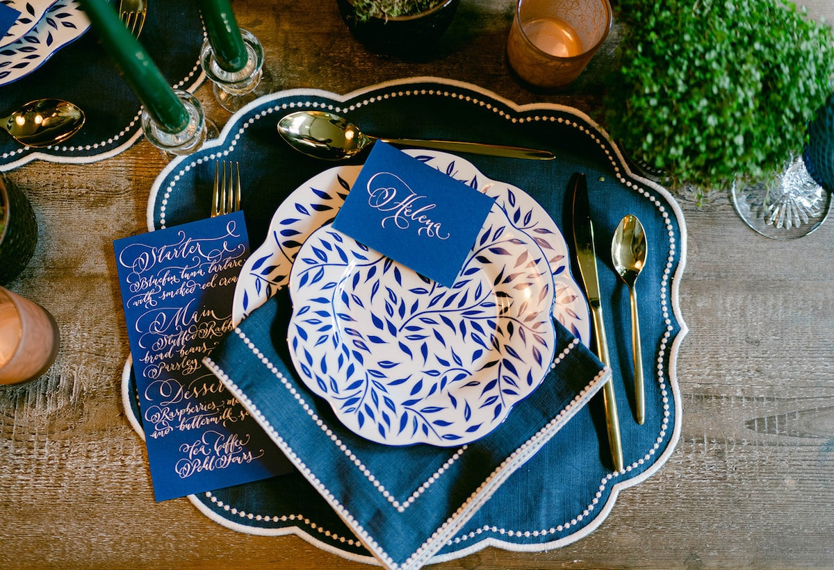 french-wedding-inspiration-with-an-irish-twist-place-setting