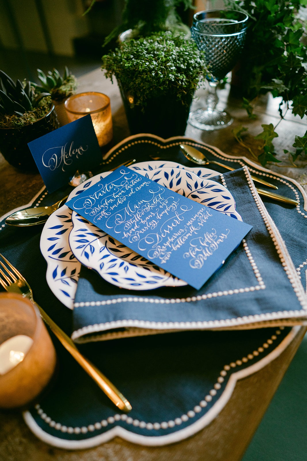 blue-and-green-tablescape-with-calligraphy-menu