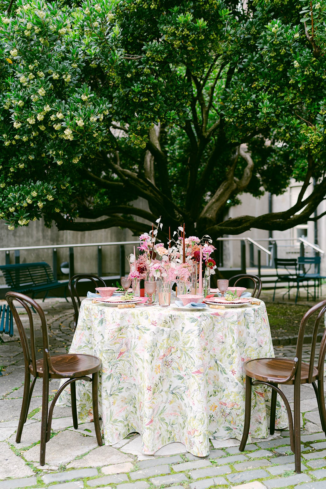 garden wedding table for Dublin elopement