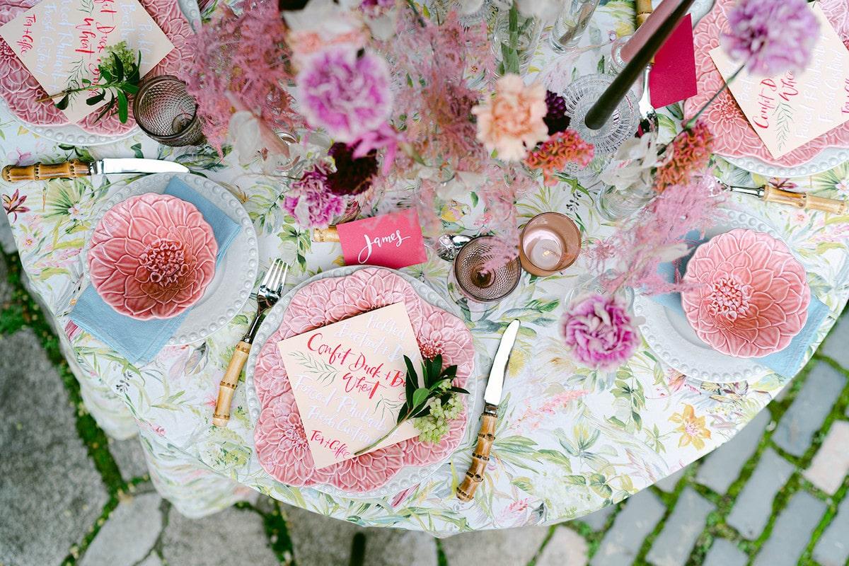 city wedding floral table décor