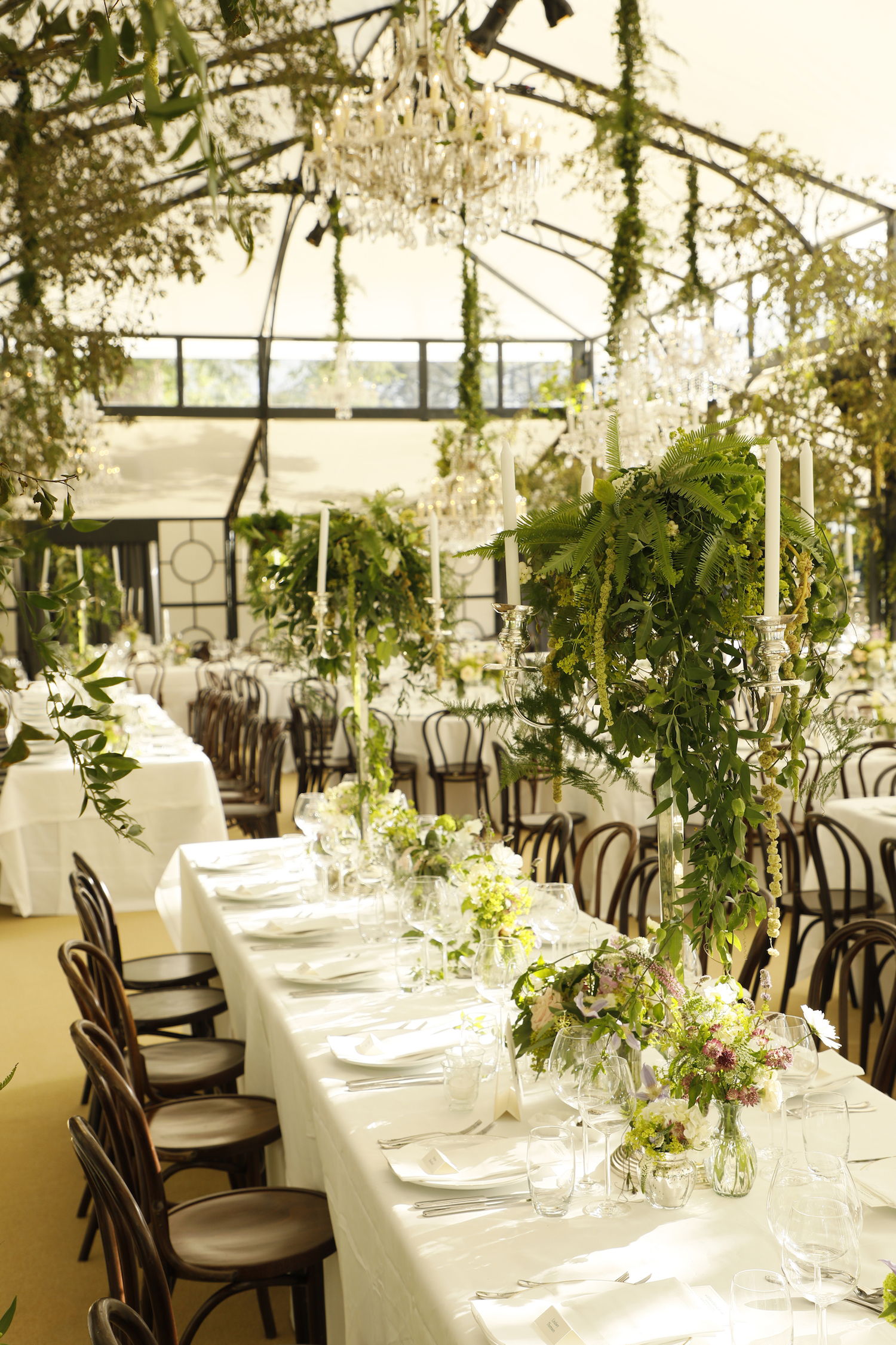 st. patrick's day wedding ideas green white florals