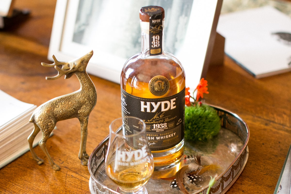 10 Irish Drinks for a Wedding Bar