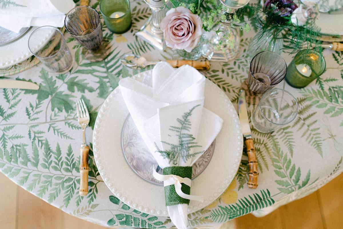 garden wedding table décor