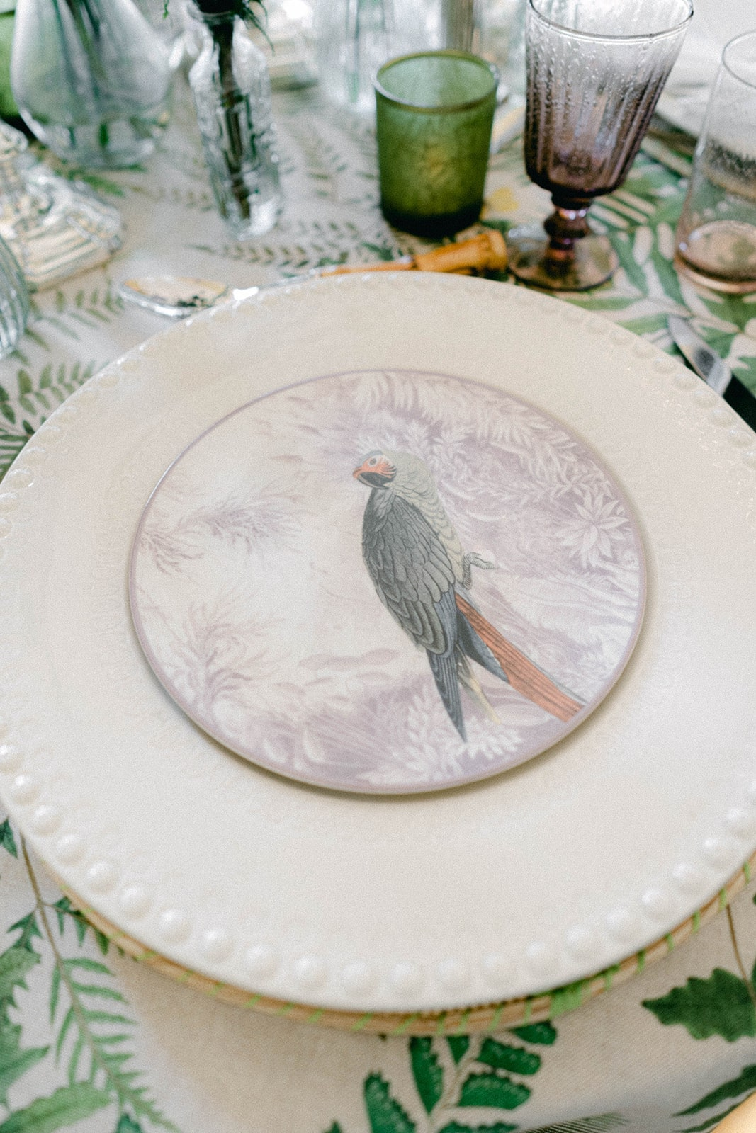 parrot plate for garden wedding