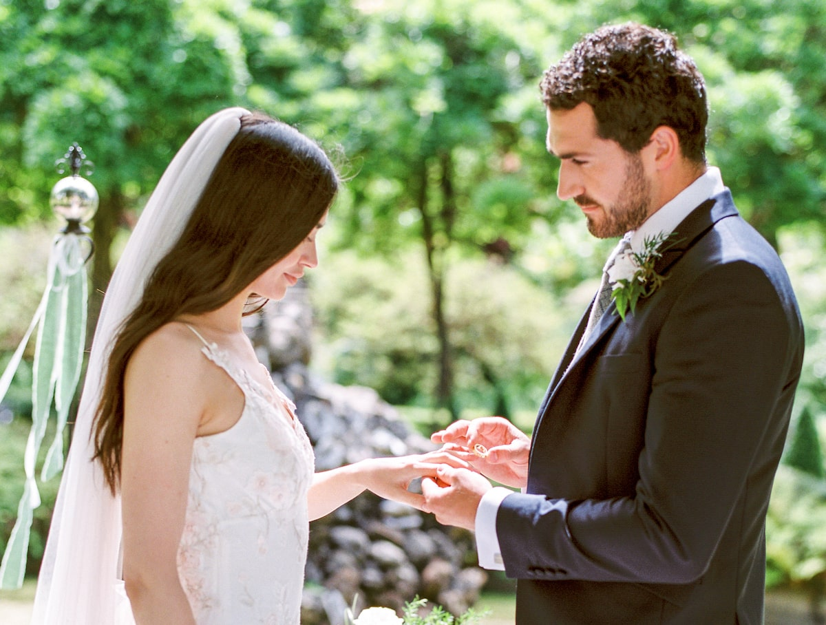 How to Hire an Irish Wedding Planner in 6 Steps